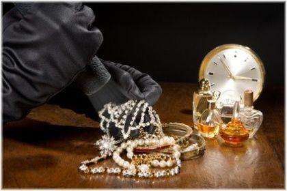 jewelry theft