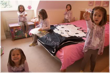 girl tidy room